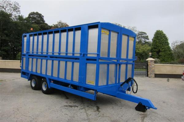 Agrimac Hydrualic Sheep/Pig/Cattle Deck Trailer