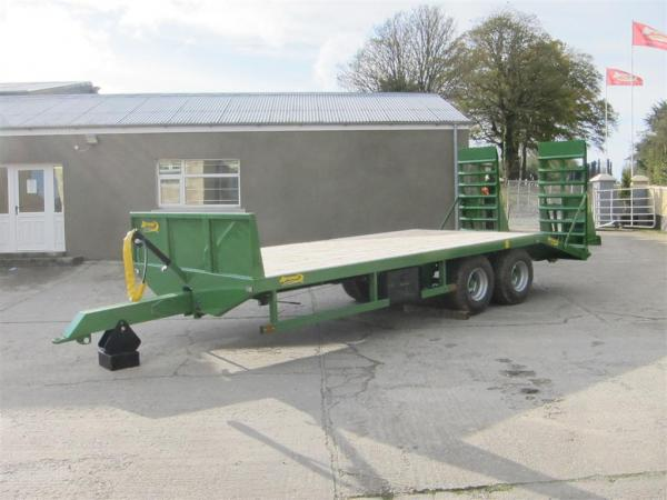 Mini Low Loader on its way to the North West